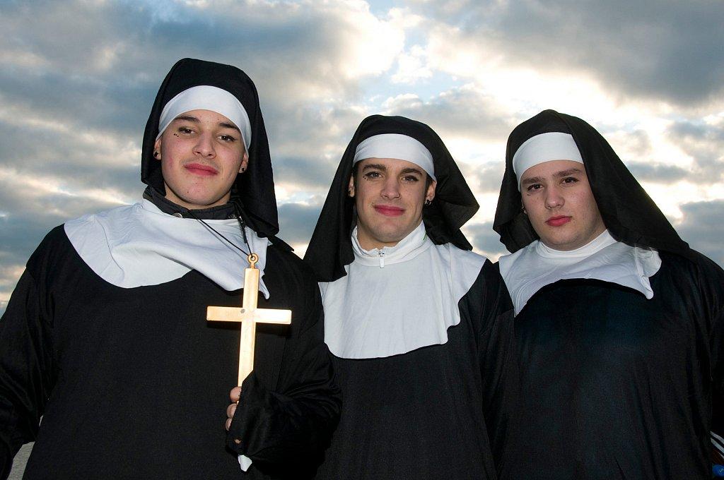 Miriam Reik Photographer - Cadiz nuns
