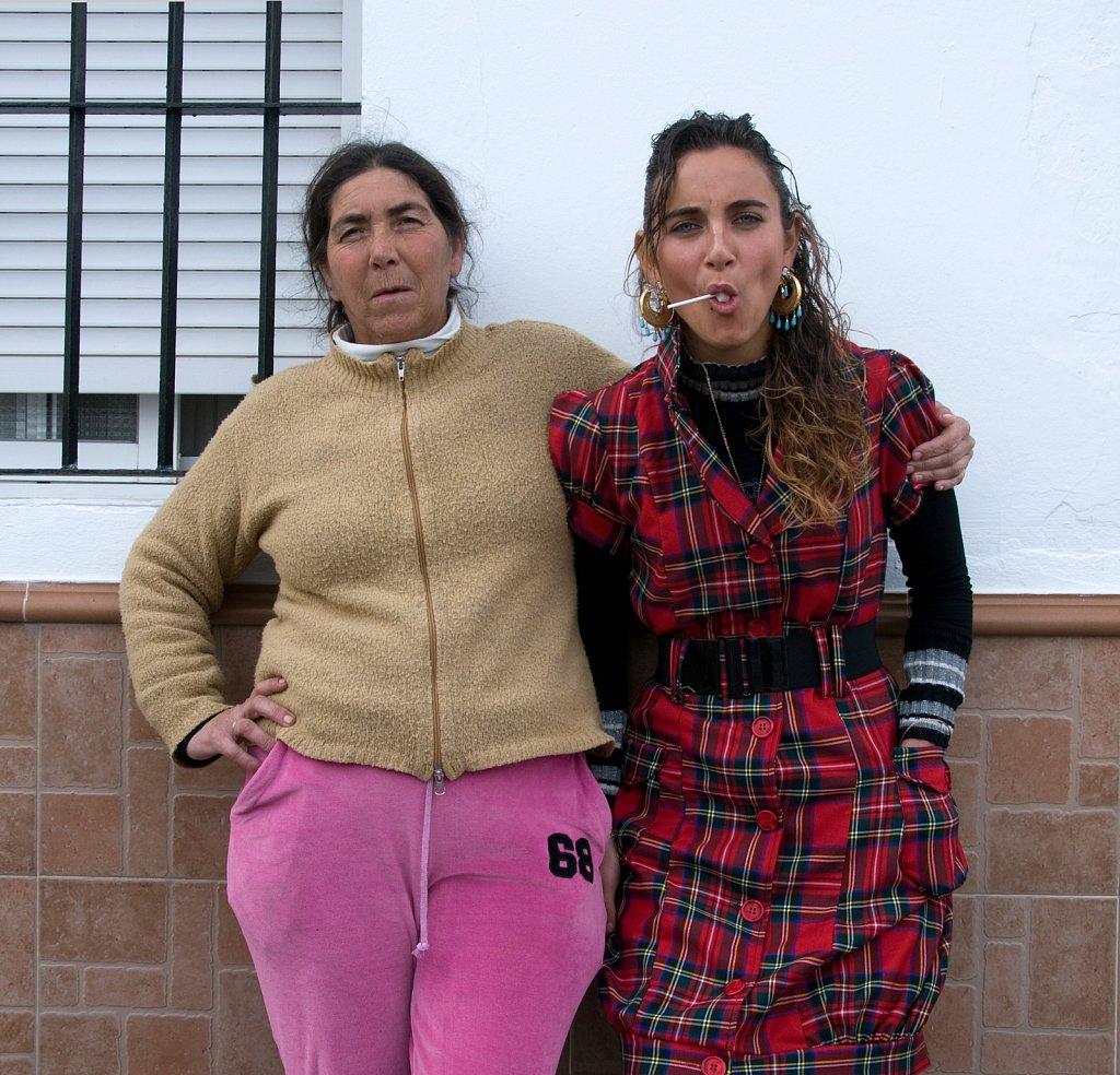Madre-nina-Spain